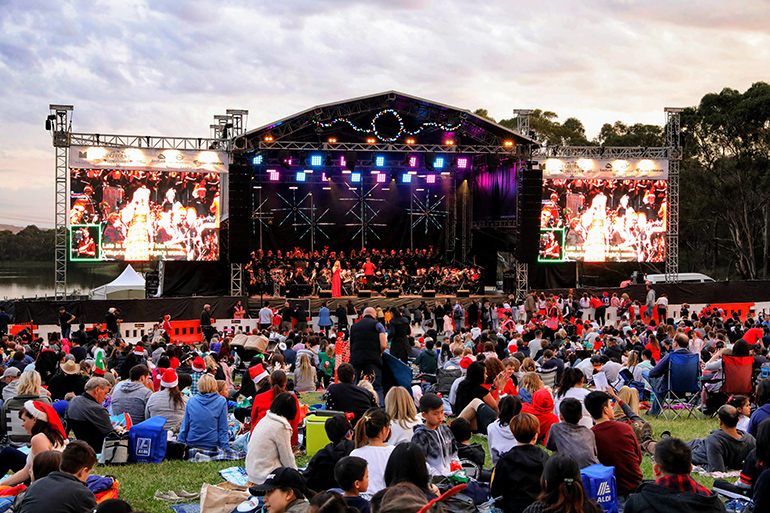 Monash Carols by Candlelight [Melbourne]